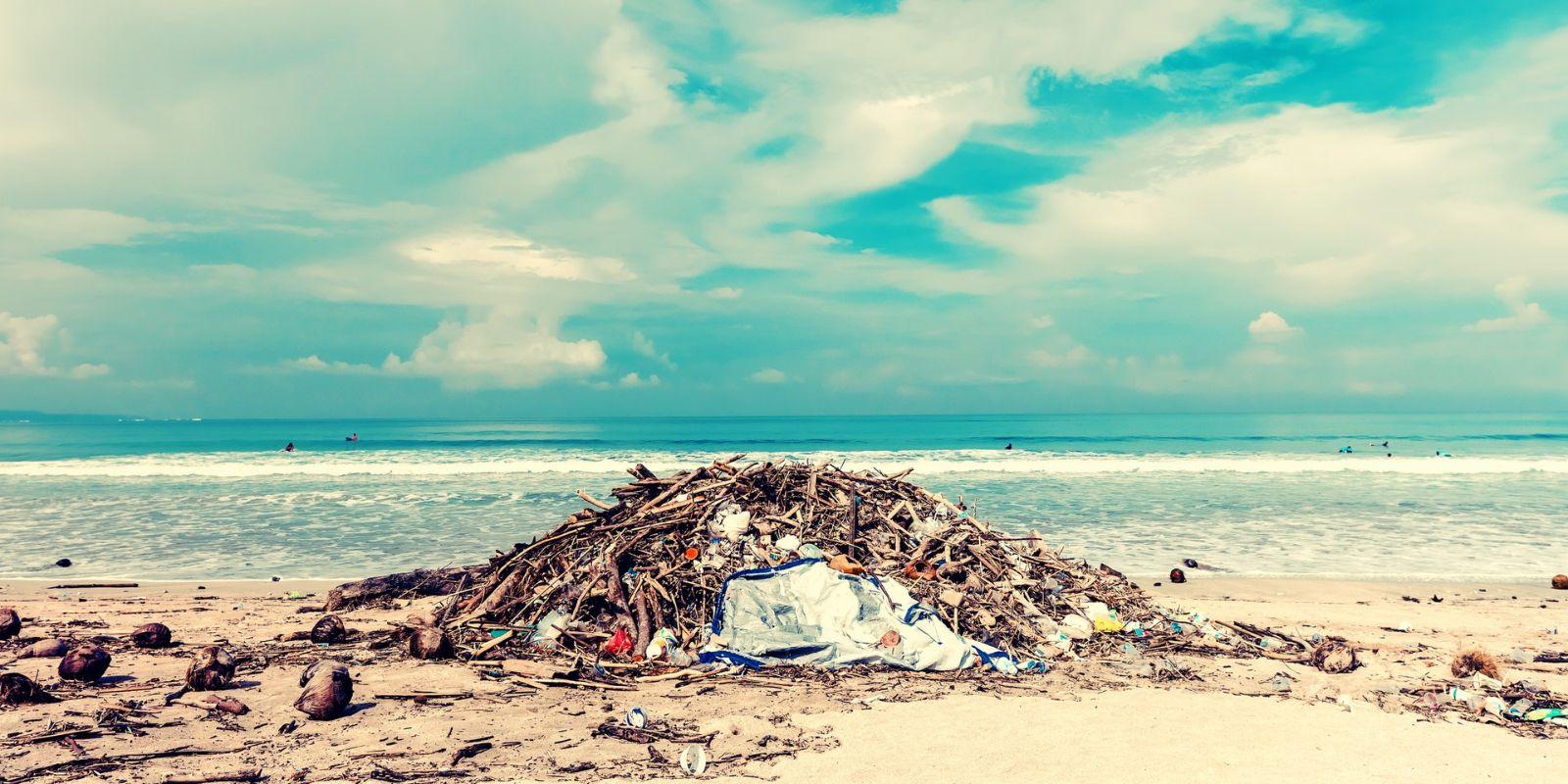 környezetkárosítás a tengerek, óceánok teliszemetelése