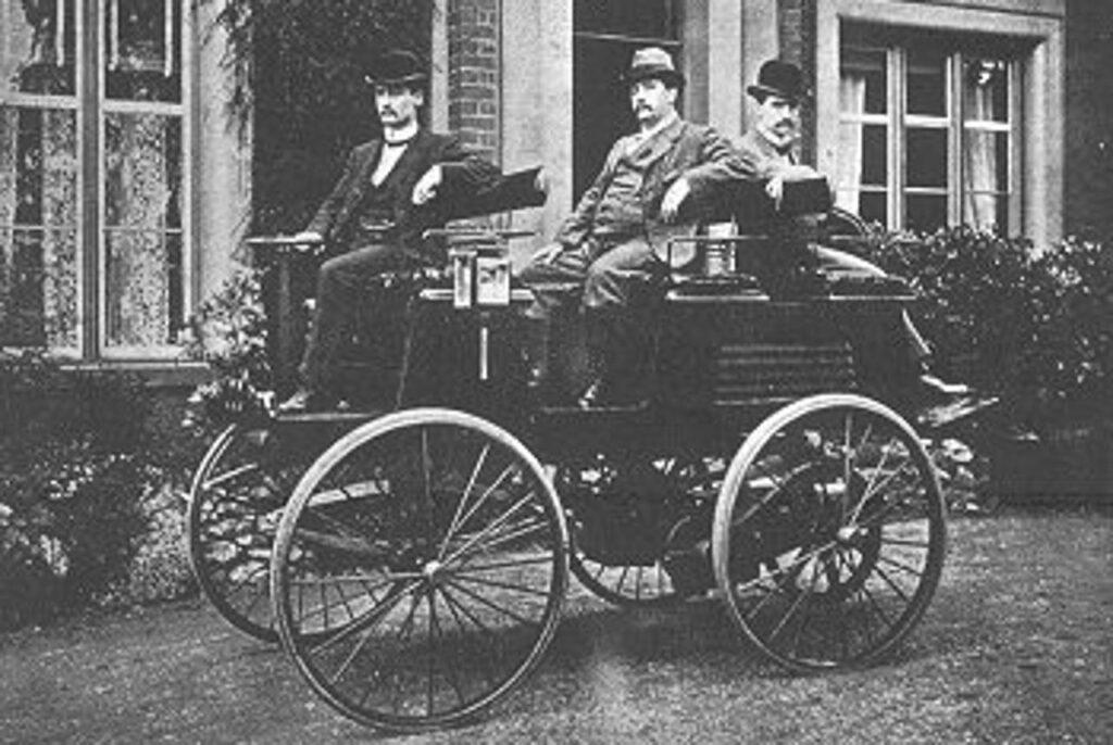 Thomas Parker már 125 évvel ezelőtt elektromos autót használt.Forrás: wikipedia